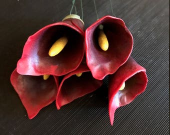 Red and Maroon fondant calla lilies