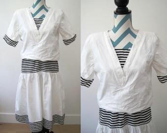 Vintage 1980s Sailor Nautical Cotton Dress White with B&W stripes - V Neck Party Dress