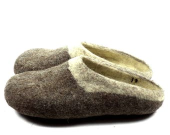 Handmade  felt  house shoes / Unisex natural wool slippers/ dark brown and cream  slippers/gift for her/gift for him