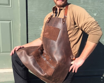 Leather Apron, Wood Workers, BBQ, Artists, Bartenders Apron, Crazy Horse Leather