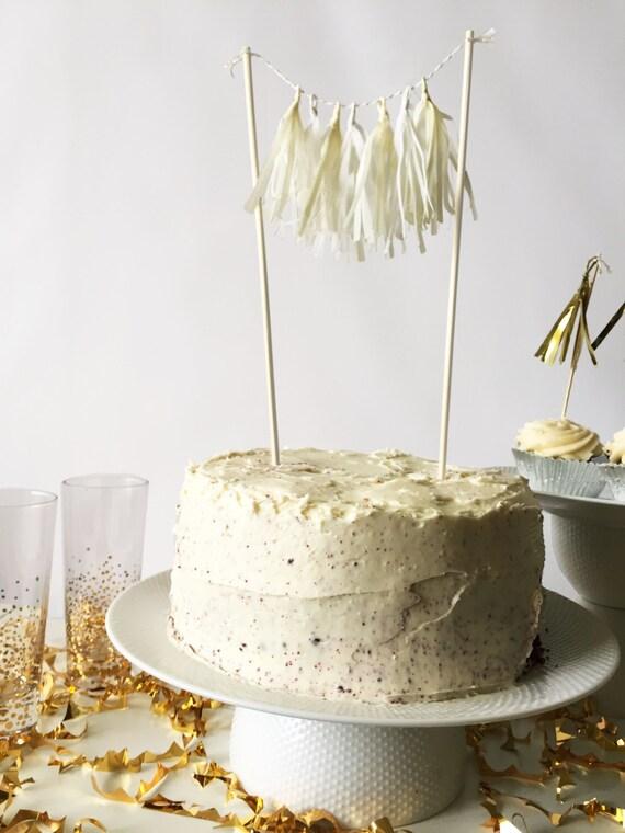 Mini-Tassel Cake Topper - Whites