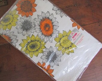 Vintage Tablecloth Paper Sunflowers Harvest Fall Decor Futura Stylized Paper