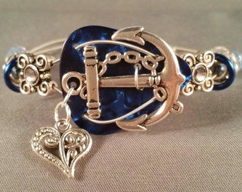 "Guitar pick and guitar string bracelet ""Love Blue Anchors"""