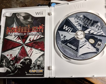 Resident Evil: The Umbrella Chronicles (Nintendo Wii, 2007) w/GUN