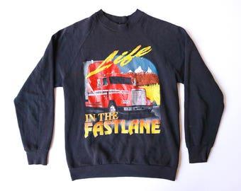 """1980s """"Life In the Fastlane"""" Big Rig Truck Driver Semi-truck   Size Small"""