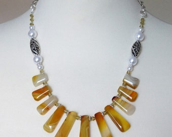 Yellow Necklace, Bib Statement Necklace,  Gemstone Necklace, Agate Necklace, Stone Necklace, Boho Necklace, Graduated Necklace, Yellow