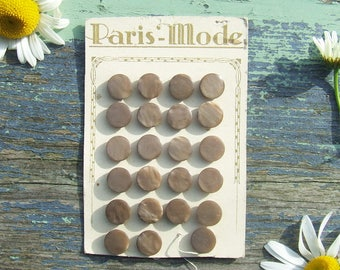 Vintage French Buttons 23 Pale Brown Buttons on Original Card, Paris Mode, Pearly Pale Brown Buttons