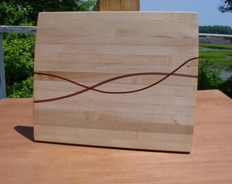 Swirl-Thru Inlay....Solid Maple Cutting Board