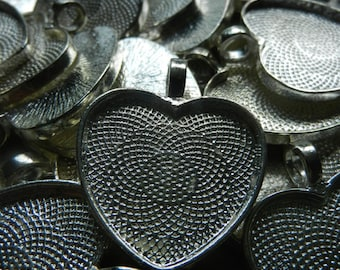 Heart Shaped Bezel Cup Pendants Cabochon Mountings Blank Trays Lot of 59 Silver Toned 25mm 1""