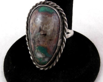 Vintage Turquoise and Sterling Silver Ring - Size 8
