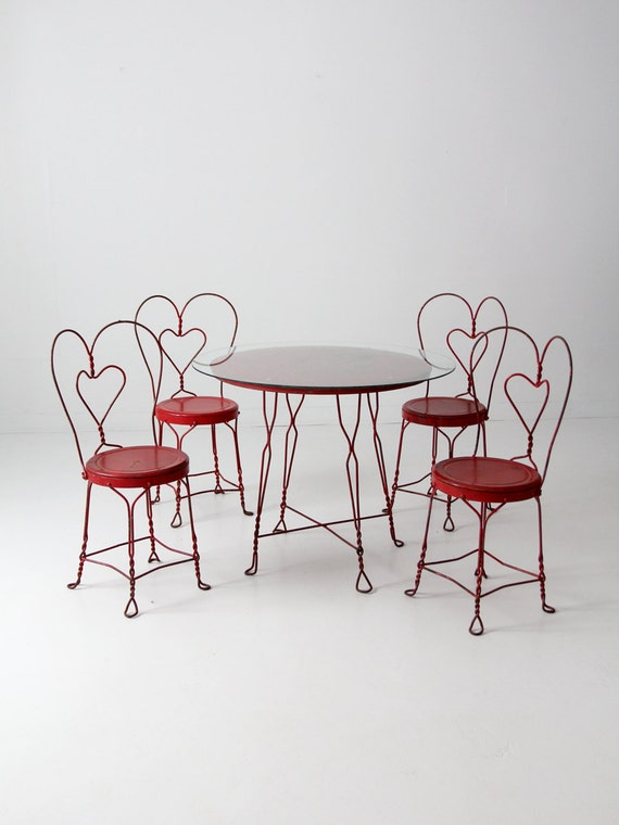 - Vintage Ice Cream Parlor Table Set With 4 Chairs Red Outdoor