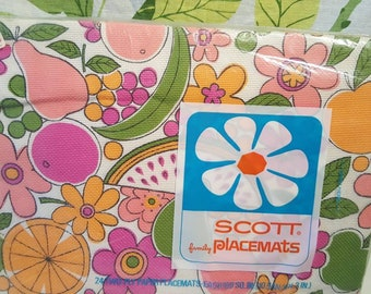 Vintage 1960s Zee Paper Placemats NEW IN PACKAGE
