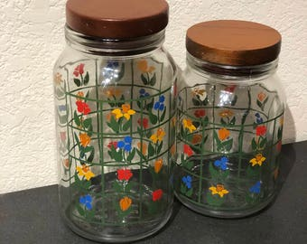 Set of 2 Nina 1983 Anchor Hocking Greenhouse Collection Glass Jars with Wooden lids Vintage Canisters Decor Kitchen Storage