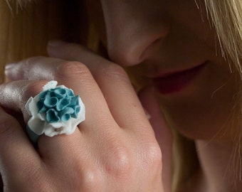 White Turquoise Porcelain Ring ∙  Abstract Flower Ring ∙  Fandango ∙ Statement Artisan Floral Ring ∙ Ceramic Ring ∙  Porcelain Jewelry