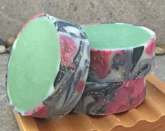 Artisan Rimmed Soap in a Winter Greenery and Floral Fragrance