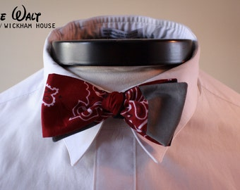 The Walt- Our Disney themed bowtie in Newsies colors- Jack Kelly