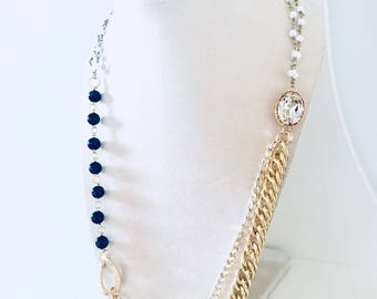Choker of blue beads and pearls, golden chains and pearls, semi-precious blue stones, champagne-colored crystal oval, beaded necklace, gift