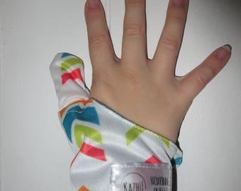 Cache-inch herringbone weaning thumbs guard, cache-inch, protects thumb, anti sucking thumb glove, glove weaning