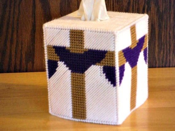 Easter gift easter cross plastic canvas tissue box cover easter gift easter cross plastic canvas tissue box cover easter gift he is risen jesus christian gifts religious gifts gift for kids negle Images