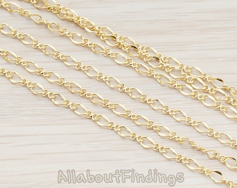 CHN029-G // Glossy Gold Plated Figaro Chain, 1 Meter.