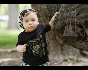 Treasure hunter tee - nature lovers tee - infant tee - toddler tee - youth tee - hunting for nature's treasures - kids clothing -graphic tee
