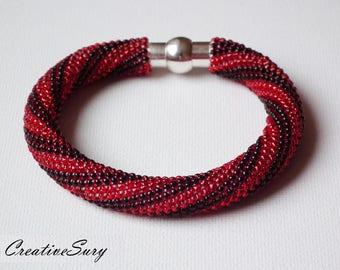 Lips Red as Blood - Bead Crochet Bracelet