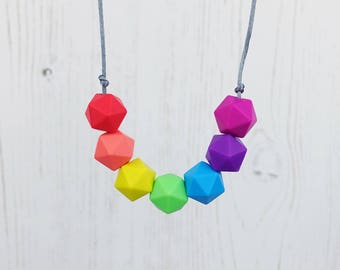 Rainbow Teething Necklace, Geometric Necklace, Rainbow Jewellery, Breastfeeding, Sensory Necklace, Babyshower Gift, New Mum Gift, Teething