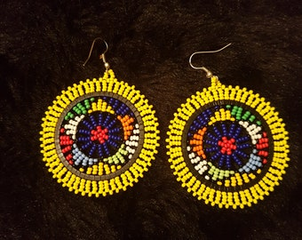 Circular African earrings (different colours)
