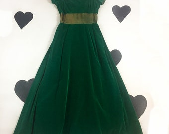1960's 70's emerald princess evening gown dress / 1970's 60's romantic holiday velour velvet satin train long maxi party prom dress / size L