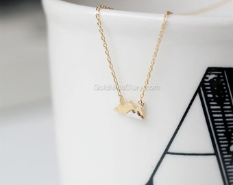 Gold Mountain layered Necklace, Dainty Mountain Pendant Necklace, two tone Mountain Necklace, Mountain Charm, Nature Jewelry, gift ideas