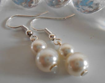 Duo of ivory pearls wedding earrings