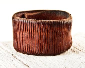 Brown Leather Jewelry, Leather Wrist Cuffs, Leather Accessories, Leather Cuffs, Leather Bracelets, Brown Cuff Wristband