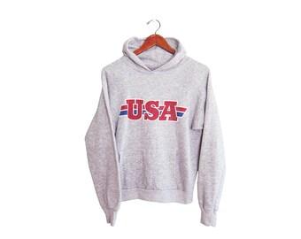 vintage sweatshirt / USA sweatshirt / 70s sweatshirt / 1970s USA heather grey raglan hoodie sweatshirt Small