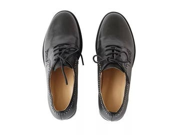 leather oxfords  laced up women's shoes black  vintage shoes low heel .hand made high quality.