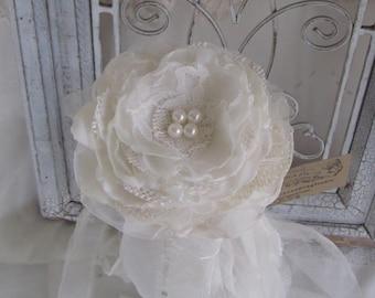 Flower Girl Wands, Flower Girl Accessory, Burlap Flower Girl Wand, Burlap Wedding , Bridesmaids Single Flower Bouquet, Burlap flower
