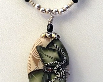 SCULPTED Olive & Beige KLEW PADDLE Necklace (Handcrafted)