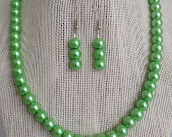 Lime Green Necklace, Green Bridesmaid Jewelry, Bridal Jewelry Set, Green Pearl Necklace Earring Set, Bridesmaid Gift Idea, Green Wedding