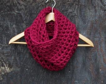 RED SCARF chunky scarf crochet neck warmer neckwarmer crochet infinity scarf red cowl scarf