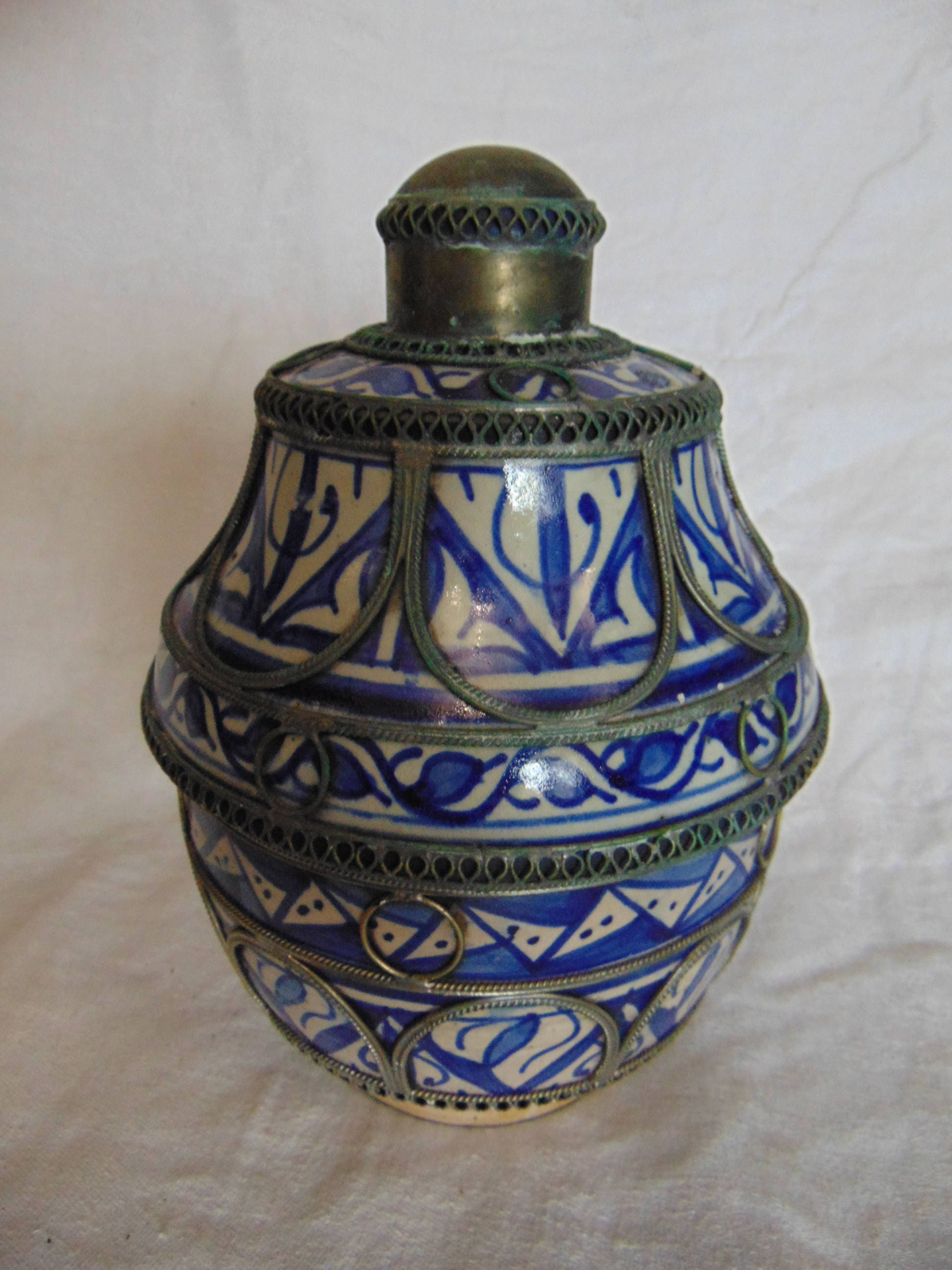 Vintage moroccan pottery jar with metal overlay zoom reviewsmspy