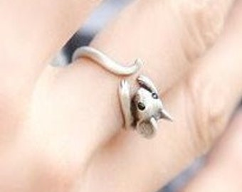 A mouse ring