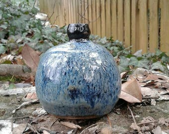 Ornamental Bloom Vase is a study in Black and Blue creating this Rich Texture.
