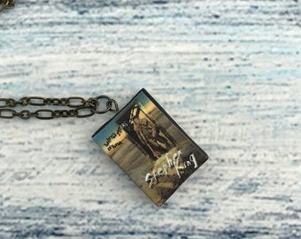 Stephen King Book Lover Gift Little Sisters of Eluria Stephen King Necklace Jewelry Accessories Mini Book Pendant Charm Fantasy Necklace