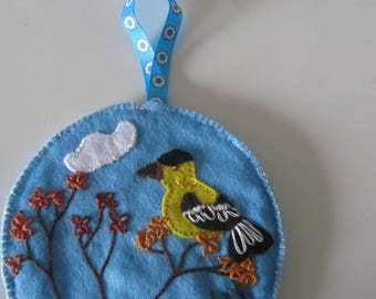 Wall felt - Bird on a branch - sewn and hand embroidered