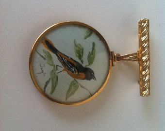 SALE.. Vintage Gold Singing Bird Pendant