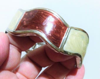 Bangle - Very attractive high quality hinged metal framed enamel bangle