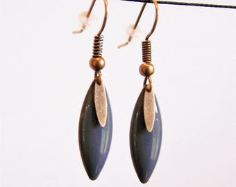 Earrings fine shuttle enameled gray