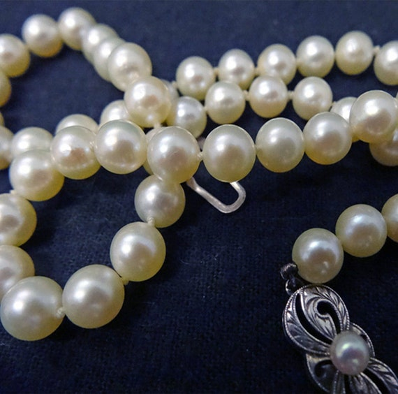 Vintage Mikimoto Cultured Pearl Necklace in Takashimaya