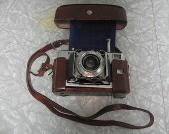 vintage 35mm camera Vitessa Voigtlander with case