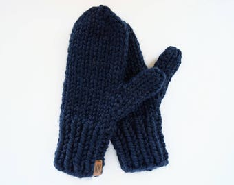 Chunky Knit Mittens // Knitted Mittens // Kids Mittens // Wool Mittens // Women's Mittens // Navy Mittens // Knit Mittens
