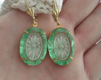 1920's Art Deco Vintage Etched Faceted Czech Peridot Crystal Glass Frosted Camphor Starburst Inset Statement Earrings